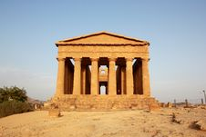 Free The Temple Of Concord At The Valley Of The Temples Royalty Free Stock Photo - 21174675