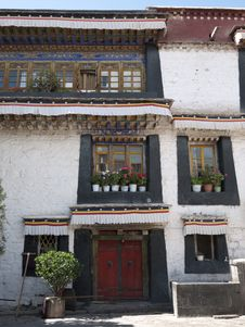 Free Detail Of Tibetan Building Royalty Free Stock Image - 21176546