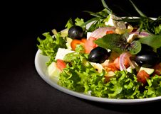 Free Healthy Greek Salad Royalty Free Stock Photography - 21177067
