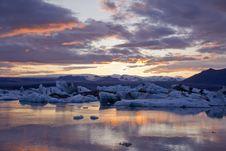 Free Ice By The Sunset In Jökulsárlón Royalty Free Stock Photos - 21180188