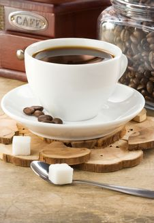 Free Cup Of Coffee And Grinder Royalty Free Stock Photo - 21182025