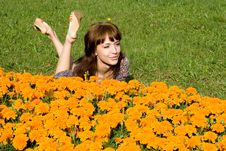 Free Beautiful Girl Lying On Meadow Royalty Free Stock Images - 21186939