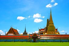 Free Thai Temples, Wat Phra Kaew Royalty Free Stock Photography - 21189497