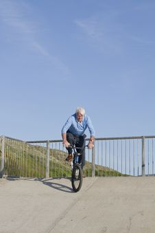 Free Senior Man Bmx Stock Images - 21189574