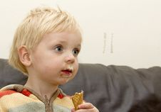Free Boy With Icecream Royalty Free Stock Photo - 21189595