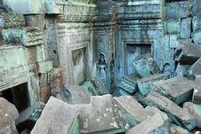 Free Ruins Angkor Wat Cambodia Royalty Free Stock Photography - 21189917