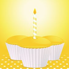 Free Yellow Birthday Cupcakes Background Royalty Free Stock Image - 21195696