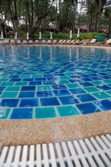 Free Resort Swimming Pool Stock Image - 21197501