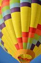 Free Colorful Hot Air Balloon Royalty Free Stock Photos - 21208248