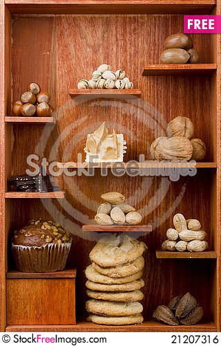 Free Assortment Of Nuts Royalty Free Stock Image - 21207316