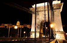 Free Chain Bridge In Budapest, Hungary Stock Images - 21201084