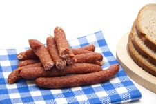Free Mead Sausages With Napkin Royalty Free Stock Photo - 21203935