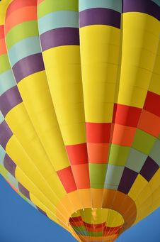 Free Colorful Hot Air Balloon Royalty Free Stock Photos - 21208248