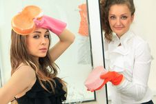 Free Glamour Girls Washing The Window Royalty Free Stock Image - 21209766