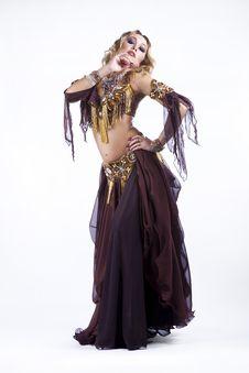 Free Folk Dancing Royalty Free Stock Image - 21210516