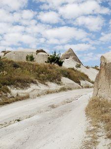 Free Dirt Track In Limestone Wilderness Stock Photo - 21213160
