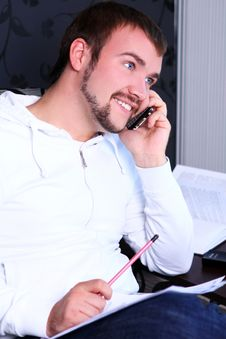 Free Young Guy Calling By Phone Stock Images - 21213324
