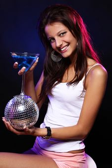 Free Young And Beautiful Woman In The Nightclub Royalty Free Stock Images - 21213419