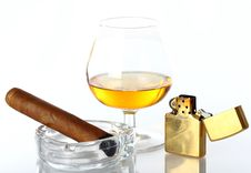 Free Glass Of Whiskey And Cigar Stock Images - 21213454