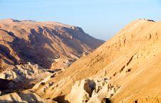 Free Mountains Deserts Of Arabia. Stock Photo - 21214140