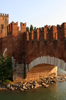 Free The Castelvecchio Bridge, Verona Stock Image - 21215741