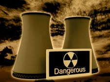 Free Nuclear Power Plant Royalty Free Stock Photos - 21215958