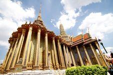 Free Royal Thai Temple Royalty Free Stock Photo - 21216665