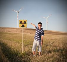 Free Child Against Nuclear Energy. Royalty Free Stock Images - 21221109