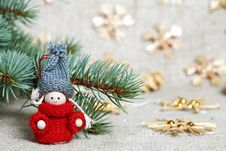 Free Christmas Decorations On Burlap Stock Photos - 21226093