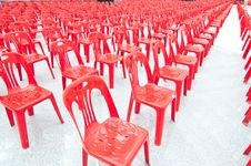 Free Red Empty Chairs Conference Room Royalty Free Stock Photography - 21227527