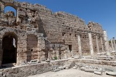 Free Ancient Ruins Perge Turkey Royalty Free Stock Image - 21231366