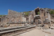 Free Ancient Ruins Perge Turkey Royalty Free Stock Photos - 21232538