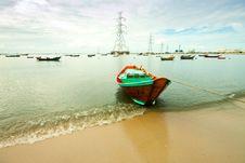 Free Fishing Boat Royalty Free Stock Photo - 21235415