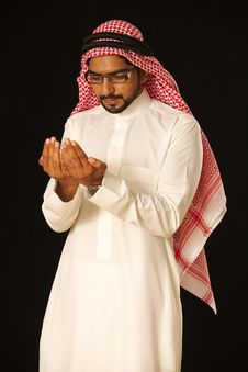 Free Arab Praying Royalty Free Stock Photos - 21237388
