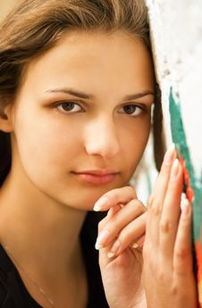 Young Woman Against Wall With Graffiti Royalty Free Stock Photos