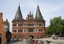 Free The Holsten Gate Royalty Free Stock Images - 21238569