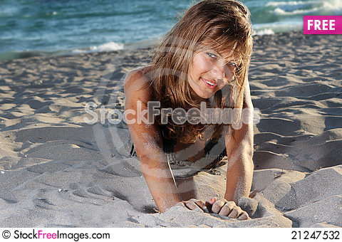 Free Young Woman In Black Bikini On Sky Background Stock Photography - 21247532