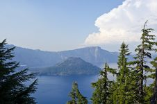 Free Crater Lake National Park USA Royalty Free Stock Image - 21242056