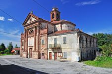 Free Battifollo Church, Piedmont, Italy Royalty Free Stock Photos - 21243718