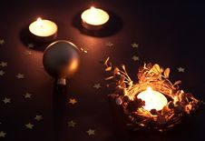 Free Christmas Candles And Ball Royalty Free Stock Photos - 21243858