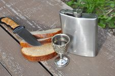 Free Bread Flask And Knife Stock Images - 21244254