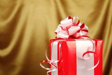 Free Christmas Gift In A Red Box Stock Photography - 21245182