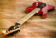 Free Red Old Guitar Stock Photography - 21246402