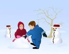 Free Boy And Girl Playing Snow Royalty Free Stock Image - 21249666