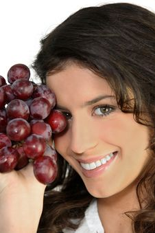 Free Woman With Bunch Of Ripe Grapes Royalty Free Stock Photography - 21257337