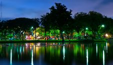 Free Park Night City With Reflection Stock Photo - 21259920