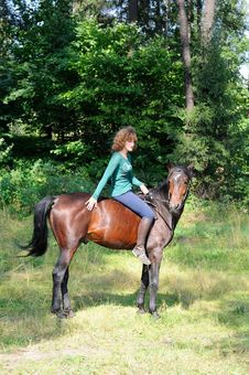 Free Young Girl Riding Royalty Free Stock Photo - 21263995