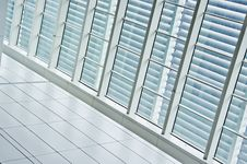 Free Window Panels Royalty Free Stock Photos - 21265398