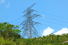 Free Power Lines With High Voltage Royalty Free Stock Photos - 21266708