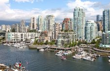 Free Vancouver BC Downtown Skyline At False Creek. Stock Photo - 21266810